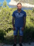 Aleksander, 35  , Alberic