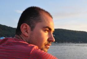 Arsen , 35 - Just Me