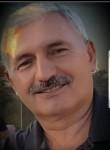 Mehmet , 60  , Istanbul