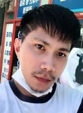 วาย, 26, Republic of Korea, Suwon-si
