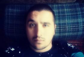 Daniil, 28 - Just Me