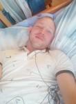 Nikolay , 32  , Kirishi