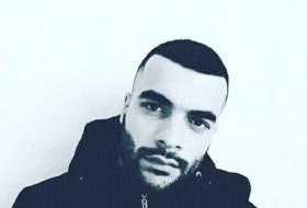 Amir, 27 - Just Me