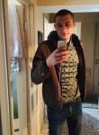 Maksim, 18  , Horki