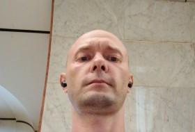 Slava, 33 - Just Me