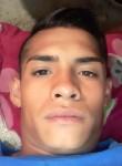 Gus, 22, Morelia