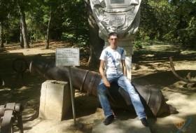 Ruslan, 28 - Just Me