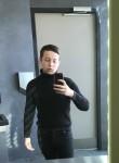 Romain, 19  , Bourges