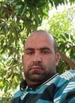 افندينا ابو عوضي, 25  , Cairo
