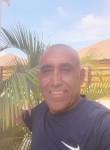 Joao, 50  , Basseterre