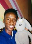 Erick, 25  , Bissau