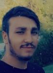 Poiu, 25, Istanbul