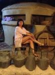 Liza, 54  , Uzhhorod