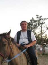 Petr, 62, Belarus, Navahrudak