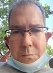 Juan , 45  , Paris