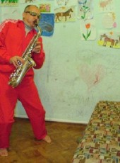 Volk, 54, Ukraine, Kharkiv