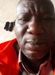 ahmadou, 45  , Douala