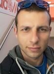 Andrei, 35  , Dhafni