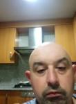 José , 38, Santa Comba