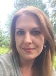 Alena, 34  , Vienna