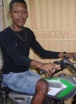 Adrien, 22  , Port Louis