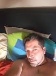 derieux, 43  , Charleroi