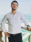 Artyem, 26  , Doha