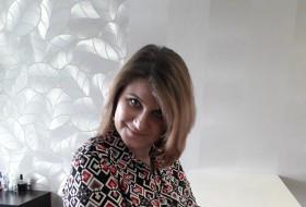 Elena, 35 - Just Me