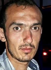 Aycan, 30, Turkey, Istanbul