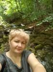 Tamara Burdins, 50  , Prague