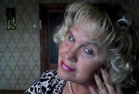 Yana, 62 - Just Me