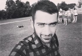 Arman, 25 - Just Me
