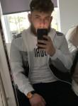 Kyle, 23, Crewe