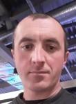 Viktor Vasilev, 39, Pskov