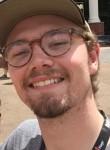 Luke, 25  , Sandy Springs