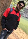 vivek, 31  , Varanasi
