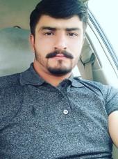 Jutt, 18, Pakistan, Lahore