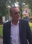 Helboys, 61  , Milano