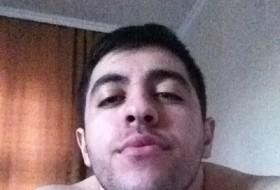 Khasan, 23 - Just Me