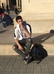 Nolan, 18  , Boulogne-Billancourt