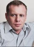 Roman, 43  , Narva