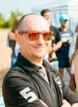 Maks Novikov, 46  , Saint Petersburg