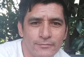 Gabriel, 45 - Just Me