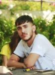 Mehmet, 18, Istanbul