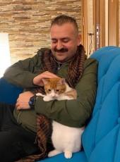 Halem, 40, Turkey, Yalova