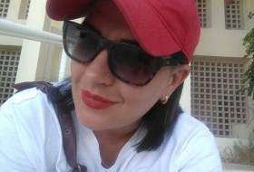 Nadezhda, 38 - Just Me