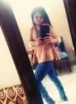 Cheena, 26, Delhi