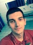 thomas, 25  , Noumea