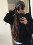Cami Belen, 22, Santiago