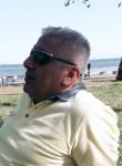Burhan, 39, Izmir